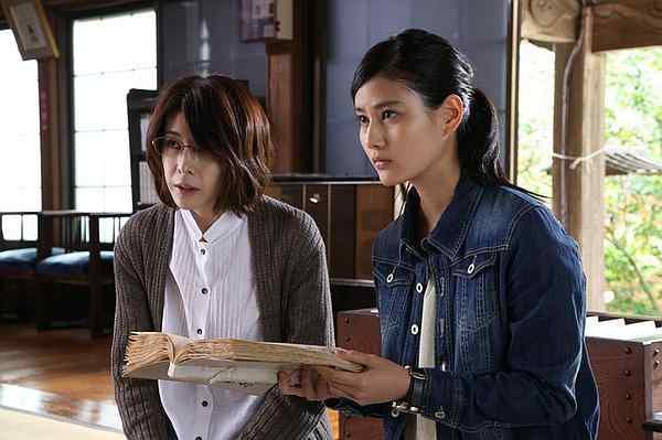 真实美丽华裔女高材生住进《残秽,不可以住的房间》后自杀
